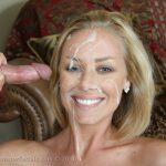 Bonne pipe avec ejaculation dans la bouche 117