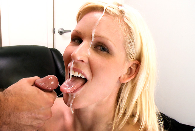Perfect blowjobs with cum in mouth and face 001