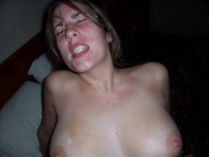 Sperme dans la bouche 063